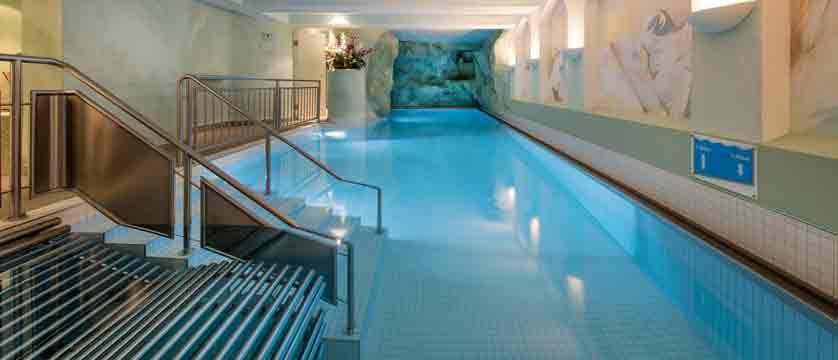 switzerland_saas-fee_hotel-sunstar-beausite_indoor-pool.jpg